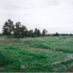Разрушенная зерносушилка на Белом Море